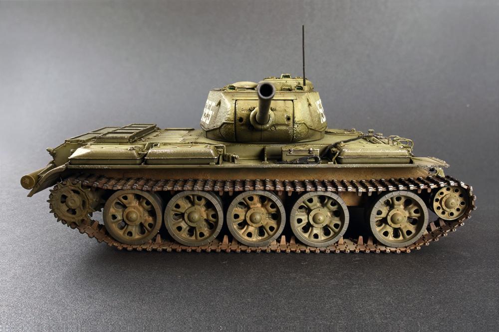 37002 T-44M SOWJETISCHEN MITTELTANK