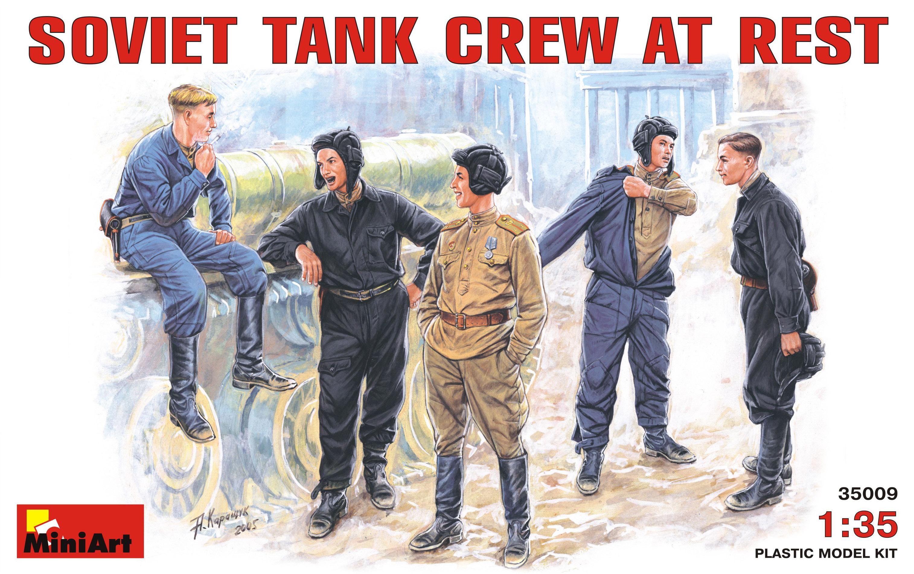 SOVIET TANK CREW AT REST