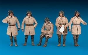 Content box 35022 SOVIET TANK CREW. WINTER 1943-45