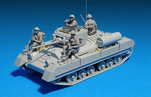 Photos 35116 BRITISH INFANTRY TANK VALENTINE Mk.I w/CREW