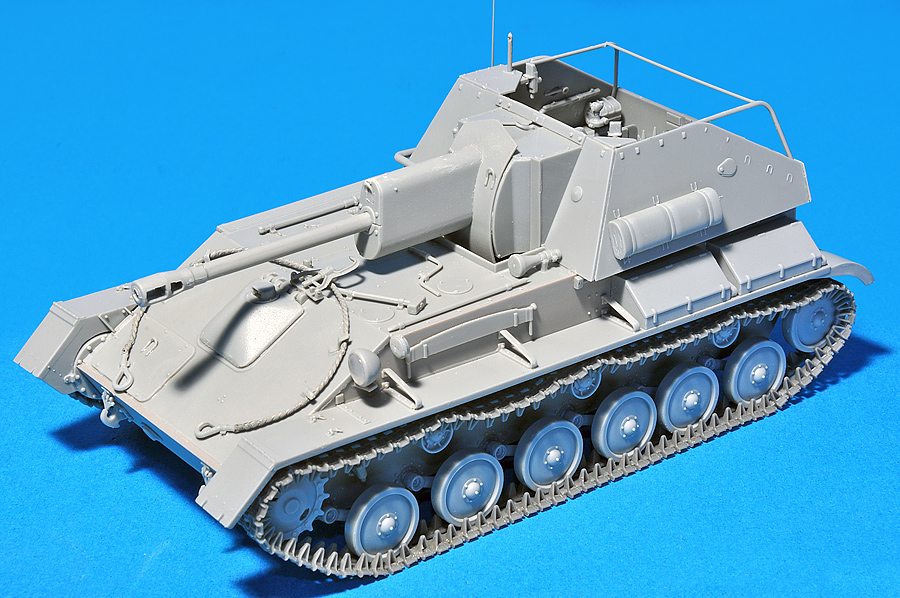 35143 SU-76M SOVIET SELF-PROPELLED GUN w/CREW