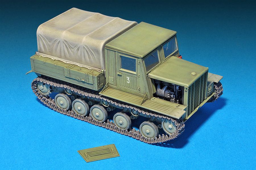 MiniArt 35052 Sowj Artillerie Zugmaschine Ya-12.Early in 1:35