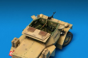 Photos 35067 DINGO Mk.1b BRITISH SCOUT CAR w/CREW