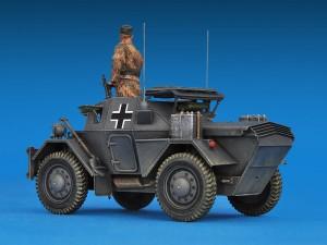 Photos 35074 DINGO Mk.II SCOUT CAR w/CREW Pz.Kmpf. Mk.I 202(e)