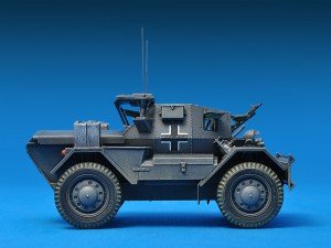 Photos 35074 DINGO Mk.II SCOUT AUTO MIT CREW Pz.Kpfw. Mk.I 202 (e)