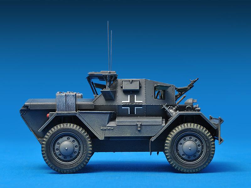 35074 DINGO Mk.II SCOUT AUTO MIT CREW Pz.Kpfw. Mk.I 202 (e)