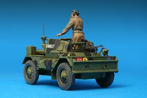 Photos 35077 DINGO Mk.III BRITISH SCOUT CAR w/CREW