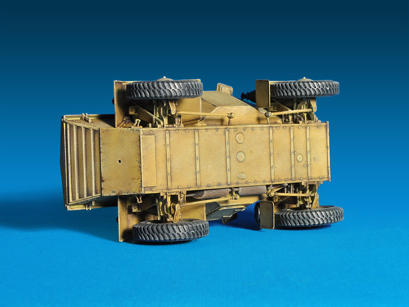 35082 莱希特尔装甲侦察车 MkI 202(e)带士兵