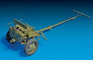 Photos 35129 СОВЕТСКАЯ ПУШКА УСВ-БР 76-мм Обр. 1941г. с артиллерийским передком и расчетом