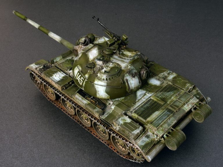 37011   T-54B苏联中型坦克(早期生产) 内构