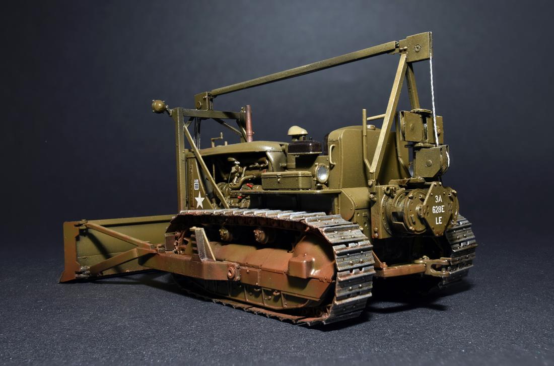 35184 U.S. ARMEE TRAKTOR mit ABGEWINKELTEM PLANIERSCHILD