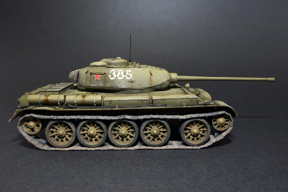 35193 苏联T-44 中型坦克
