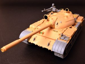 Build up 37011 T-54B SOVIET MEDIUM TANK. EARLY PRODUCTION. INTERIOR KIT