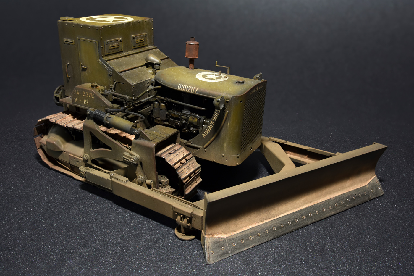 35188 U.S. ARMOURED BULLDOZER