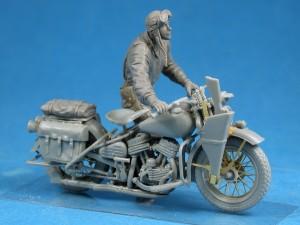 Photos 35182バイクを押すアメリカ兵
