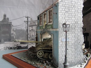 36007 BUDAPEST 1945 + 35008 GERMAN SELF-PROPELLED GUN CREW