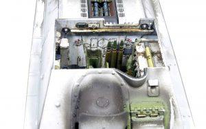 Build up 35187 SU-85 SOWJETISCHE SELBSTANGETRIEBENE PISTOLE. INNENAUSSTATTUNG