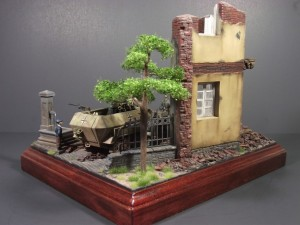 36028 VILLAGE DIORAMA w/FONTAIN