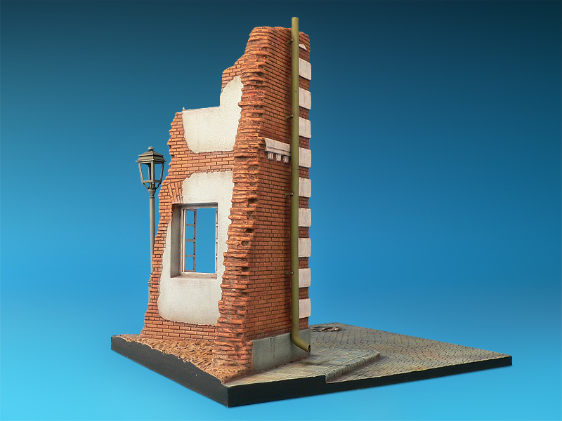 35512 THE CORNER DIORAMA BASE