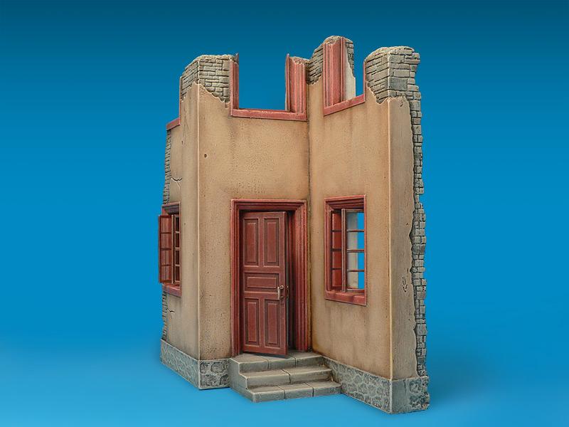 35527 HOUSE RUIN