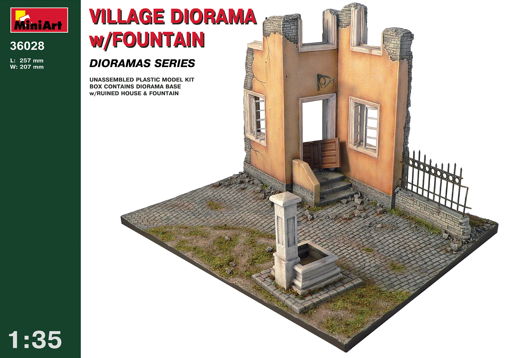 36028 VILLAGE DIORAMA w/FOUNTAIN