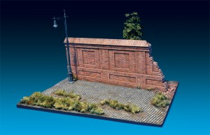 Photos 36055 DIORAMA w/BRICK WALL