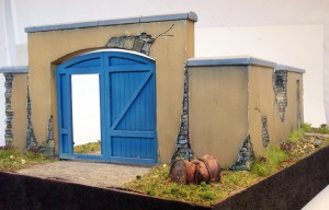 36033 DIORAMA w/FARM WALL