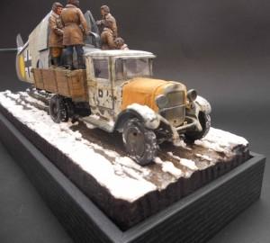 35022 SOVIET TANK CREW. WINTER 1943-45.