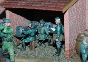 35062 GERMAN SOLDIERS AT REST + 35521 VILLAGE WORKSHOP