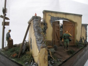 35029 GERMAN ARTILLERY CREW + 35535 FARM ENTRANCE W/WALL