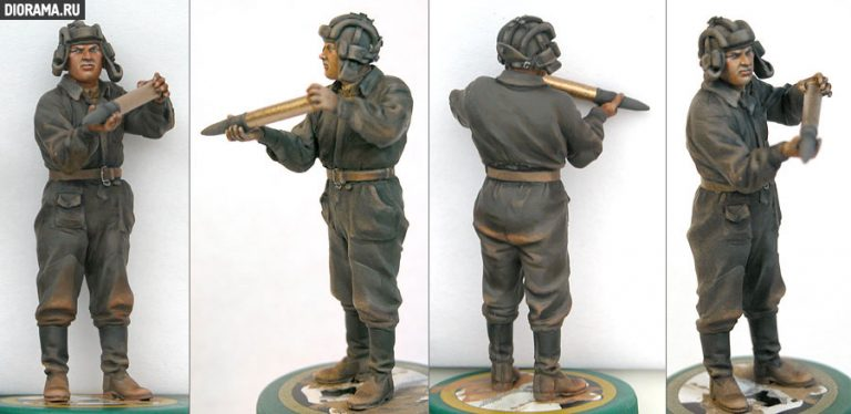 35034 SOVIET TANK AMMO-LOADING CREW