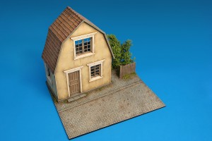 36031 VILLAGE HOUSE w/BASE