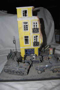 35019 FRENCH CITY BUILDING + 35530 STREET ACCESSORIES