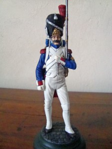 16017 IMPERIAL GUARD FRENCH GRENADIER. NAPOLEONIC WARS