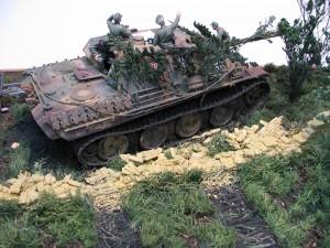 35060 German Tank Crew France 1944 + 35558 European Farmyard