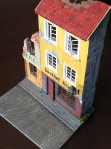36038 RUINED GERMAN HOUSES w/BASE