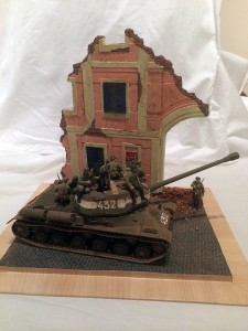 36049 RUINED BUILDING WITH BASE + 35049 SOVIET JEEP CREW