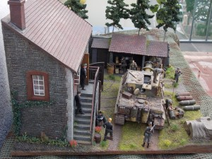 36018 FARMHOUSE w/DIORAMA BASE + 36017 EUROPEAN FARMYARD + 35515 ARDENNES BUILDING
