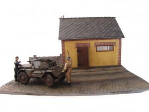 35074 DINGO Mk.II SCOUT CAR w/CREW Pz.Kmpf. Mk.I 202(e) + 36032 DIORAMA w/BARN