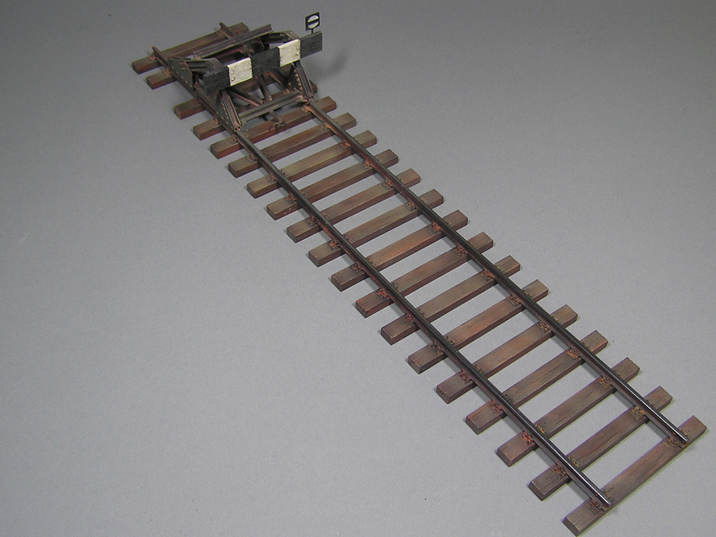 35568 RAILWAY TRACK w/ DEAD END. EUROPEAN GAUGE