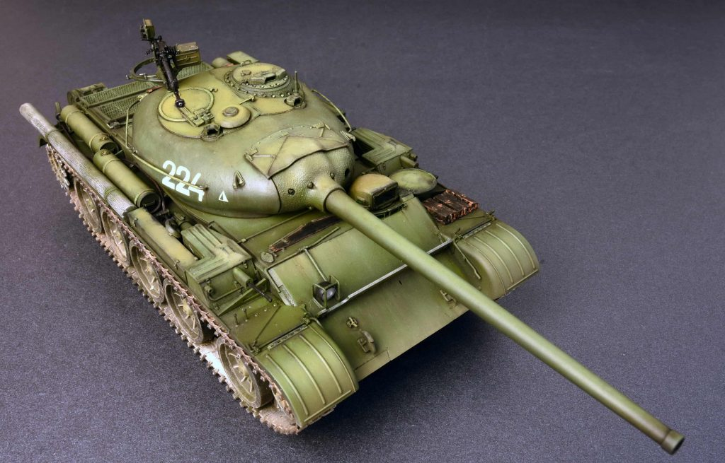 Miniart 37014 T-54-1 Soviet Medium Tank Mod.1947 Scale Plastic Model Kit 1//35