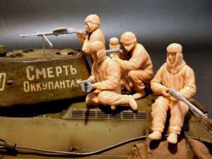 Photos 35226 SOVIET ASSAULT INFANTRY (WINTER CAMOUFLAGE CLOAKS)