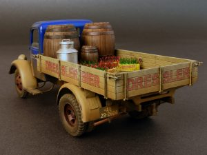 Photos 38014 GERMAN CARGO TRUCK  L1500S