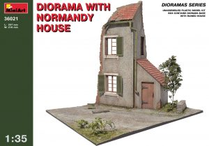 36021 DIORAMA w/NORMANDY HOUSE