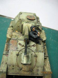 35143 SU-76M SOVIET SELF-PROPELLED GUN w/CREW