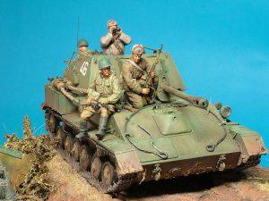 35143 SU-76M SOVIET SELF-PROPELLED GUN + 35055 SOVIET SOLDIERS RIDERS + Modeller: Ian Duthien