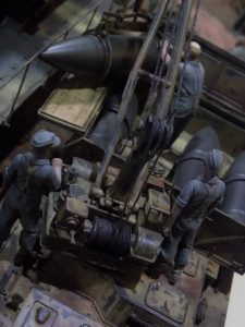 35150 MB 1500A 4×4 CARGO TRUCK + 35011 GERMAN TANK REPAIR CREW 35010 + GERMAN TANK CREW AT WORK