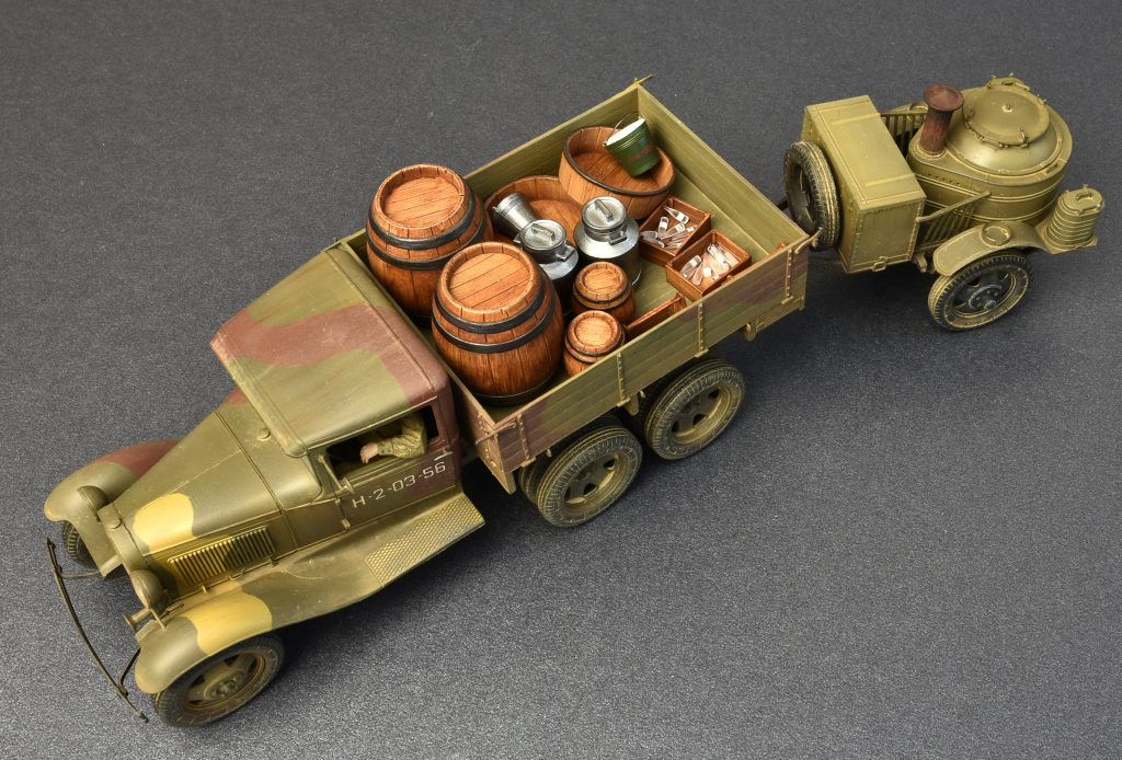 ... Photos 35257 SOVIET 2t TRUCK AAA TYPE W/FIELD KITCHEN ...