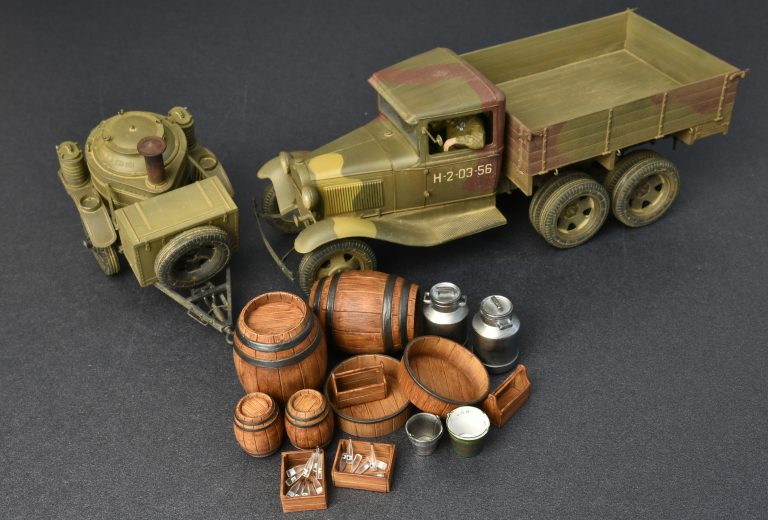 35257 SOVIET 2t TRUCK AAA TYPE w/FIELD KITCHEN