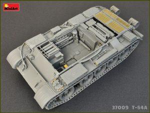 Photos 37009 T-54A Bausatz mit Innenausstattung